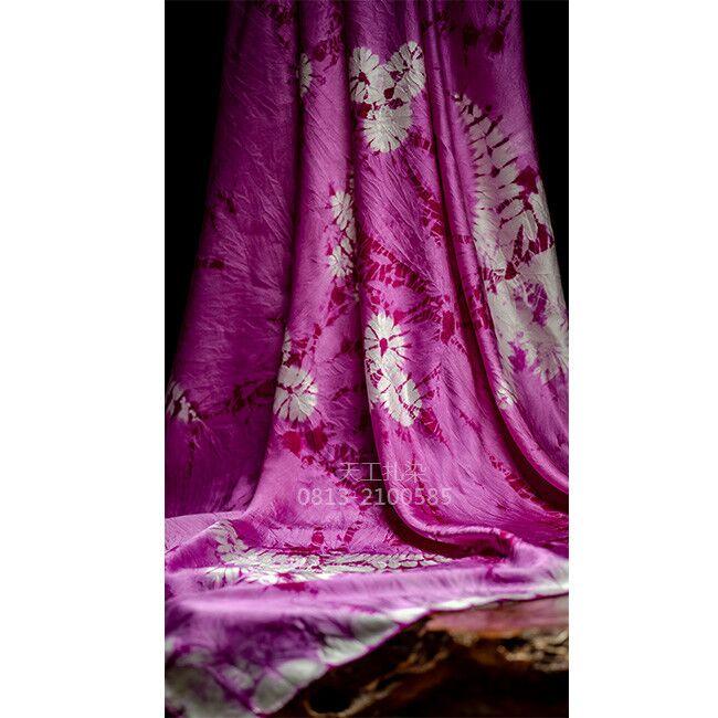 扎染素皱缎方巾